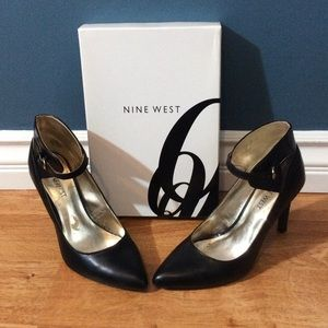 Nine West pointed toe Heels with ankle strap